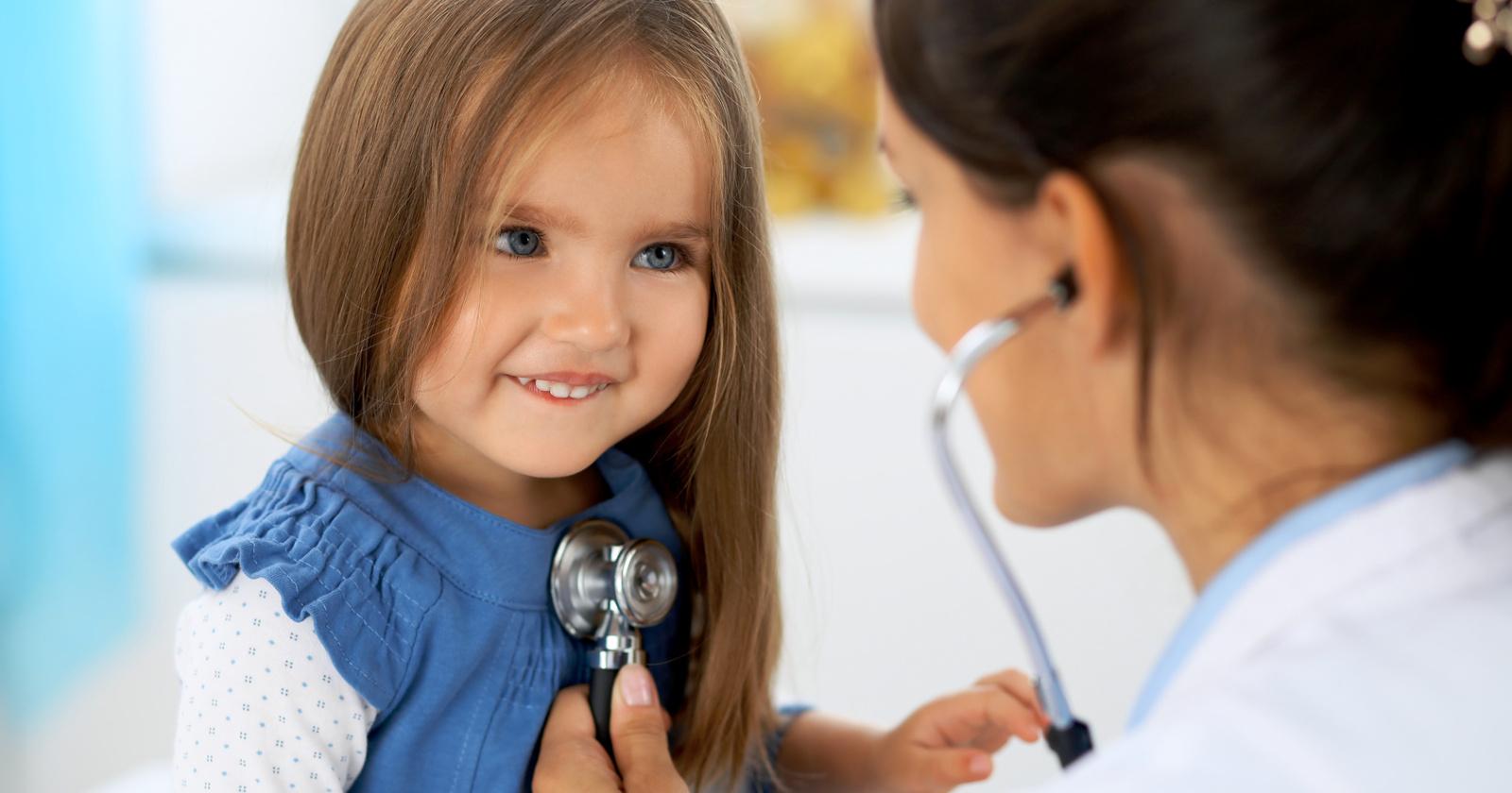 Erbrechen Bei Kindern & Babys Ursachen & Hilfe
