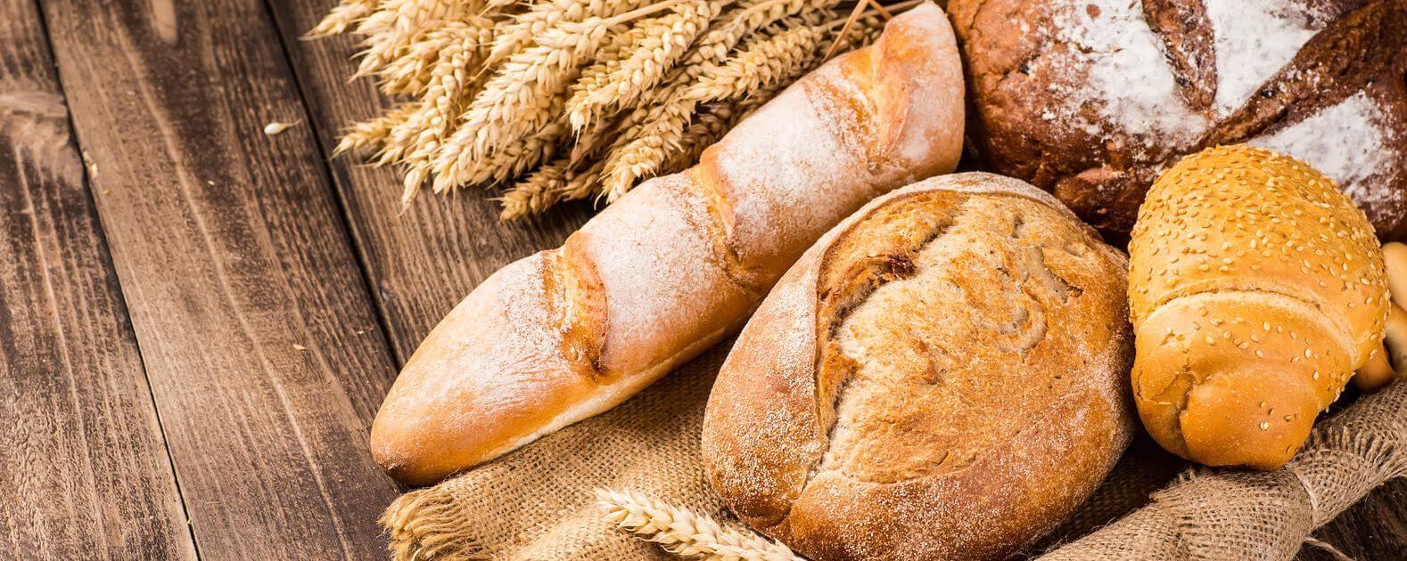 Baguette, Brot und Brötchen – darauf muss bei einer Zöliakie überwiegend verzichtet werden.