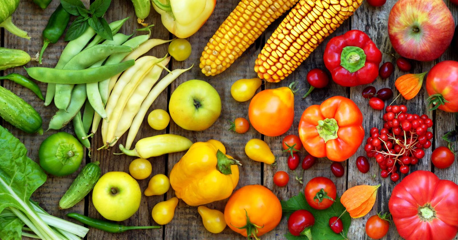 Eine gesunde Ernährung mit Obst und Gemüse ist hilfreich, wenn Sie unter einem Reizmagen leiden.